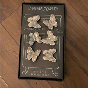 Cynthia Rowley Set of 6 drawer knobs